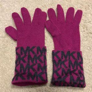 Winter Gloves Fuschia with Gray